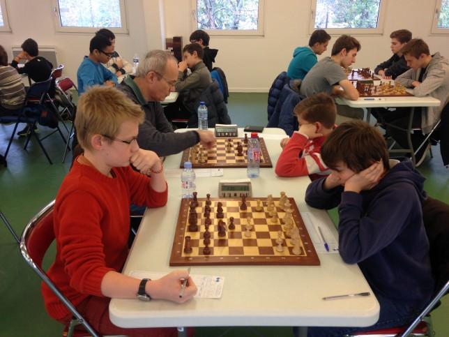 Paul et Matei (à droite) remportent deux victoires convaincantes