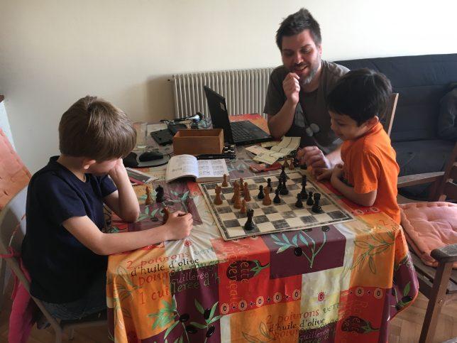 Pour se détendre entre les parties : des problèmes d'échecs !